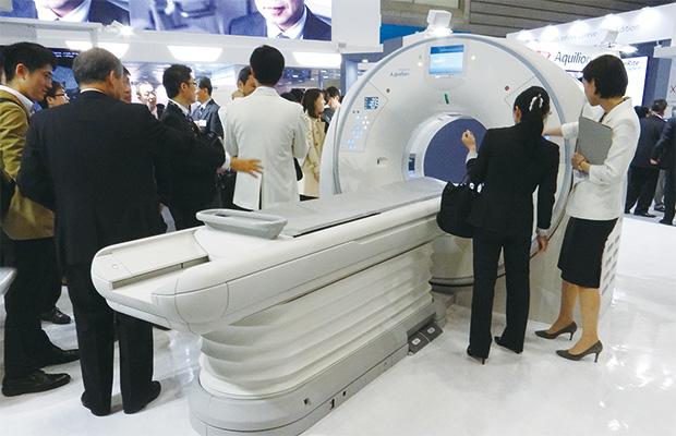 画像:IoT提案やISO13485の認証取得など、医療機器関連メーカーの取り組みが高度化