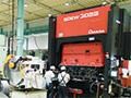 画像:自動車・福祉車両・フォークリフトの3本柱で事業展開