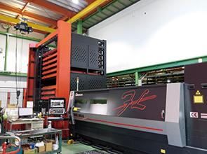 画像:設計から組立までワンストップで対応するアシスタントメーカー