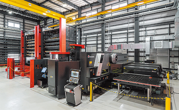 画像:配電盤のOEM受託製造に一貫生産で対応