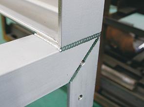 画像:食品機械のステンレス製缶板金で長年の実績と絶大な信頼