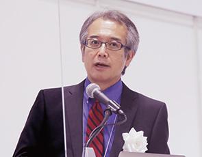 主催者挨拶をする天田財団・末岡愼弘代表理事理事長
