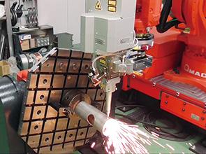 画像:「ファイバーレーザ溶接するとどうなるか」を最初に考え、工程設計する